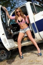 Leah Francis Official - #13 - Impression of Daisy Dukes