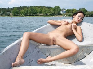 Rusya  On The Same Boat  Aztek  68 Images30rtn9c00g.jpg