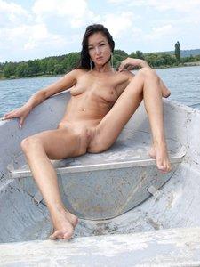 Rusya  On The Same Boat  Aztek  68 Imagesu0rtn8c4k7.jpg