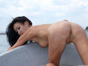 Rusya  On The Same Boat  Aztek  68 Imagesg0rtn882dc.jpg