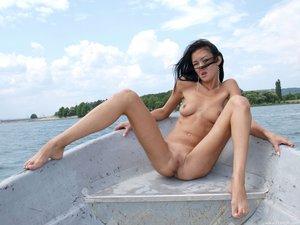 Rusya  On The Same Boat  Aztek  68 Images30rtn8ebjz.jpg