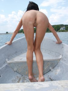 Rusya  On The Same Boat  Aztek  68 Imageso0rtn865pb.jpg