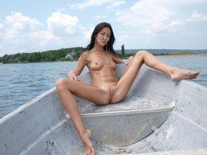 Rusya  On The Same Boat  Aztek  68 Imagesl0rtn7xfpk.jpg