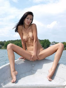 Rusya  On The Same Boat  Aztek  68 Imageso0rtn8vhsb.jpg
