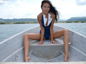 Rusya  On The Same Boat  Aztek  68 Imagesq0rtn79sh7.jpg