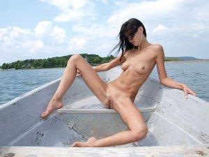 Rusya  On The Same Boat  Aztek  68 Images00rtn81bux.jpg