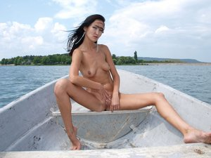 Rusya  On The Same Boat  Aztek  68 Images00rtn82fh0.jpg