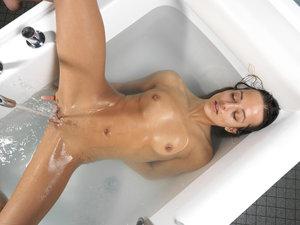 Dominika C Water Massage Part2_2010-12-04_121_3000 (x123)k0r2hhh31v.jpg