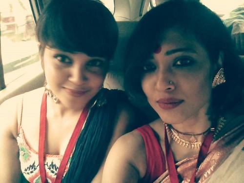 hot bengali women in saree