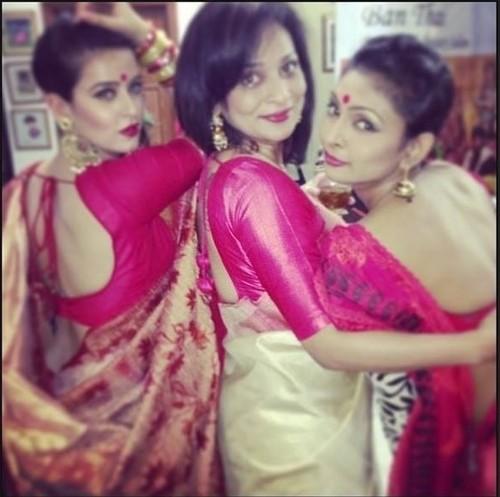 sexy bengali saree back