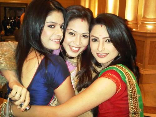 sexy desi girls in saree