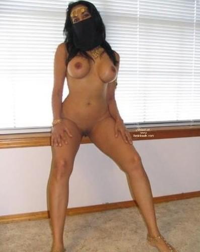 muslim wife naked