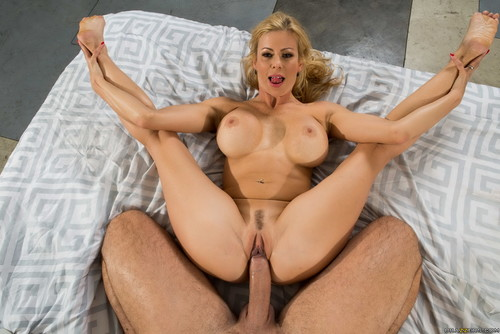 massive black booty tits